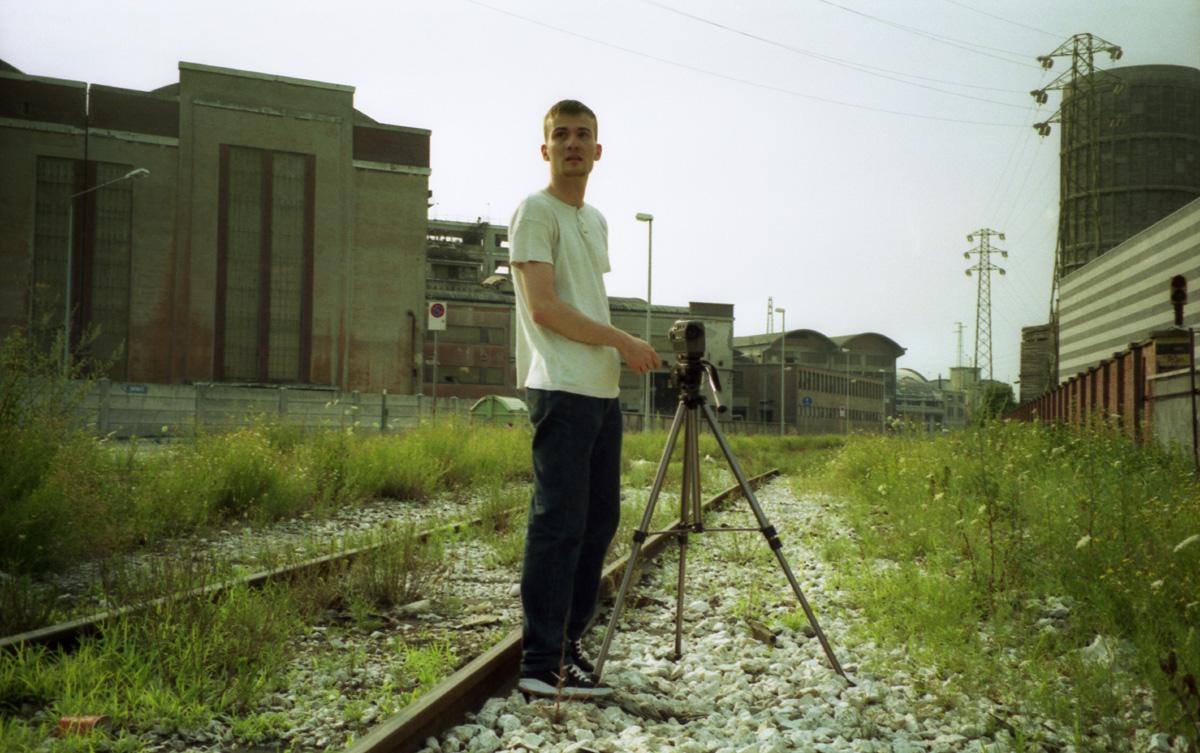 Daniele Carrer nel 1998 durante le riprese di un cortometraggio